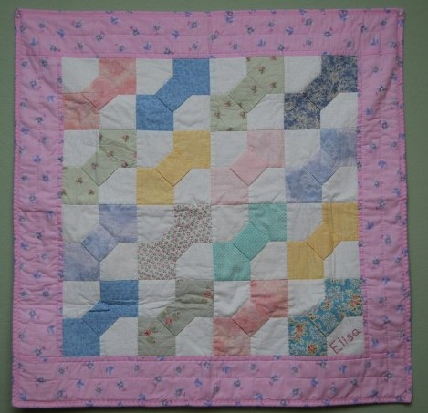 bow tie baby quilt Custom Care Quilts